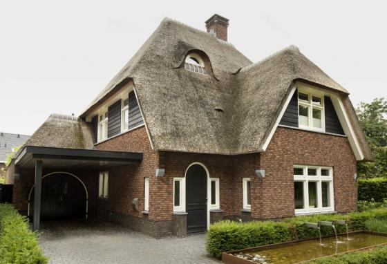 As1-rietgedekte-villa-erp-architect-klassiek